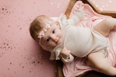 00004©ADHphotography2021--NoraMcConnell--3Month--January27