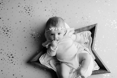 00006©ADHphotography2021--NoraMcConnell--3Month--January27bw