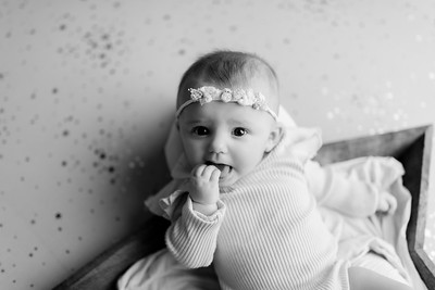 00005©ADHphotography2021--NoraMcConnell--3Month--January27bw