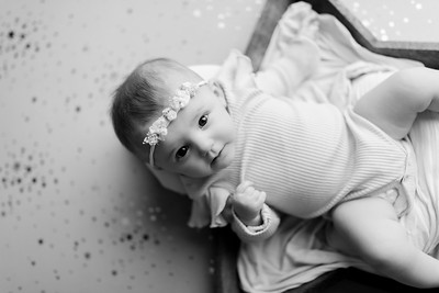 00004©ADHphotography2021--NoraMcConnell--3Month--January27bw