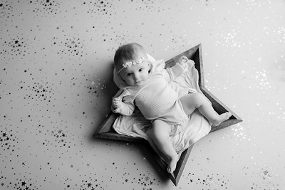 00008©ADHphotography2021--NoraMcConnell--3Month--January27bw