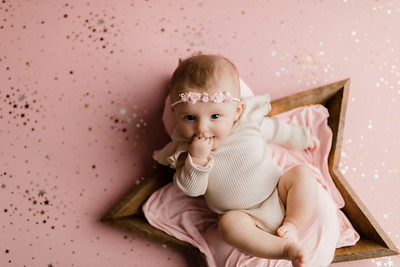 00007©ADHphotography2021--NoraMcConnell--3Month--January27