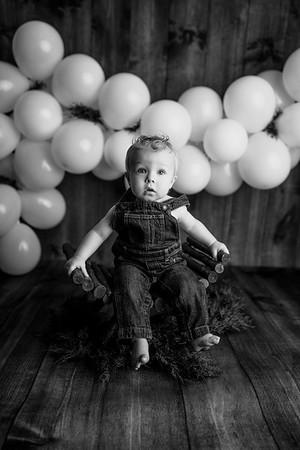 00001--©ADHPhotography2020--OliverHeinen--OneYear--April23bw