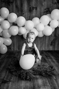 00008--©ADHPhotography2020--OliverHeinen--OneYear--April23bw