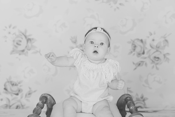 00016--©ADH Photography2017--RubyKennedySixMonth