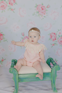 00009--©ADH Photography2017--RubyKennedySixMonth