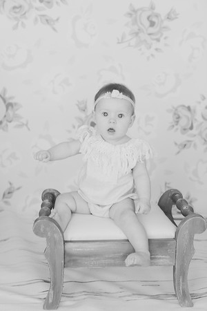 00014--©ADH Photography2017--RubyKennedySixMonth