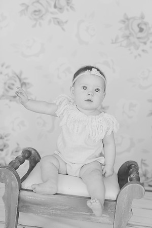 00020--©ADH Photography2017--RubyKennedySixMonth