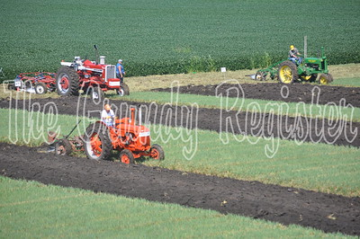An aerial view of the plowing competition, which attracted old-time machinery enthusiasts from across the state.