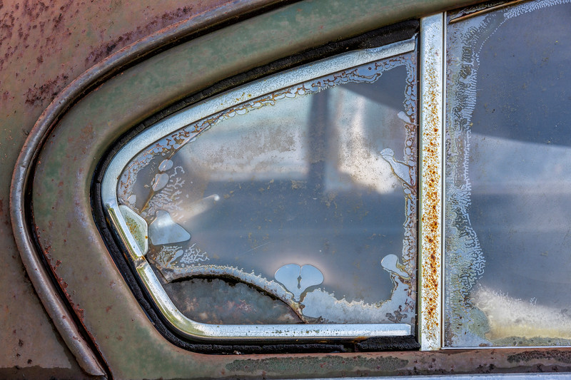 Rear Windows 1949 Pontiac