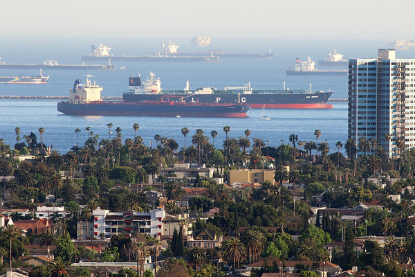 Oil tankers idle off Long Beach
