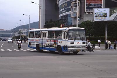 Guangzhou Bus A19925 Guangzhou Oct 00 jpg