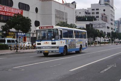 Guangzhou Bus A13672 Guangzhou Oct 00 jpg