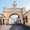 Arco de Santa Catalina (Santa Catalina Arch) in Antigua, Guatemala