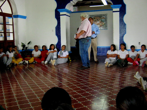 Girlsprisonvisit017