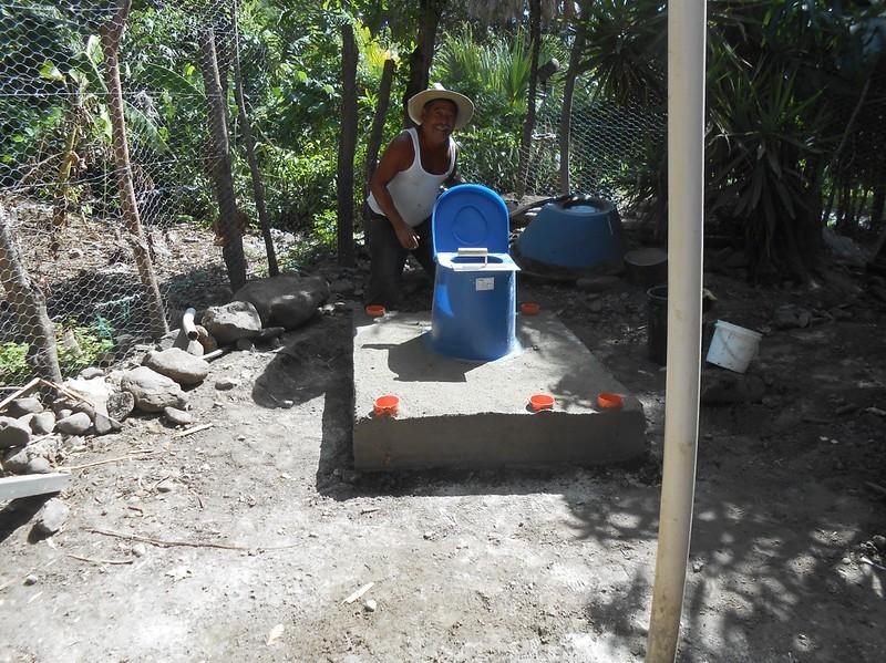 latrine-base2.jpg