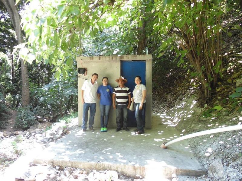 catchment-tank-pump-house-Los-Lorenzo.jpg