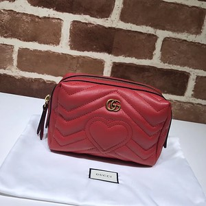 476165 red