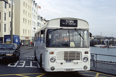Guernseybus 062 Sth Esplanade St Peter Port Sep 97