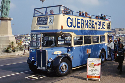 Guernseybus 018 St Peter Port Bus Stn 2 Sep 97