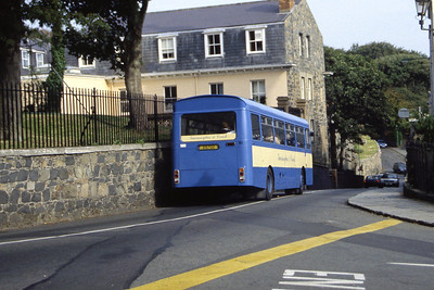 Guernseybus 050 St Julians Ave St Peter Port Sep 97