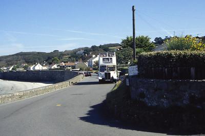 Guernseybus 015 Pleinmont 1 Sep 97