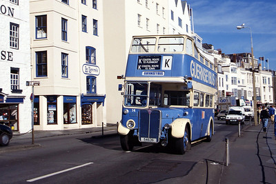 Guernseybus 014 Sth Esplanade St Peter Port Aug 97