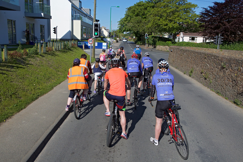 Rock to Rocque Bike Ride cyclists at traffic light St Martin 240515 ©RLLord 2533 smg