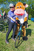 Rock to Rocque Bike Ride 30in30 cyclist with Connie the Cow 240515 ©RLLord 2505 v smg