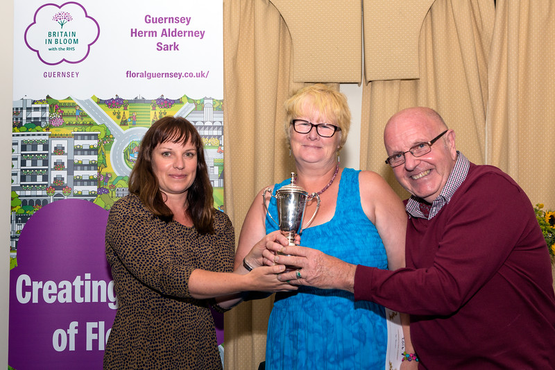 Sark wins the Lady Dorey Cup at the 2016 Floral Guernsey Awards