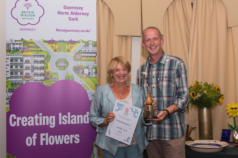 Floral Guernsey Awards Frairies Court Silver Gilt Brett Moore 080916 ©RLLord 2229 smg