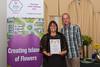 Floral Guernsey Awards St Pierre du Bois Gold Award Corrina Walker Brett Moore 080916 ©RLLord 2222 smg
