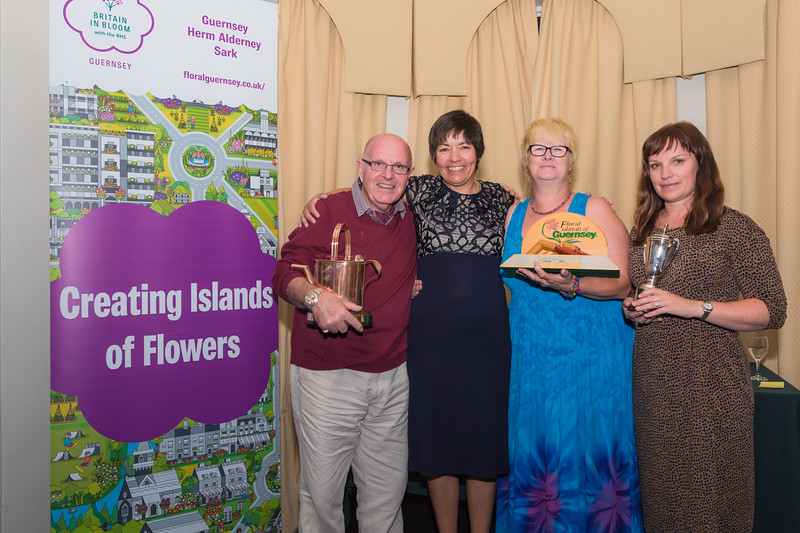 Floral Guernsey Awards Sark Floral Group 080916 ©RLLord  smg
