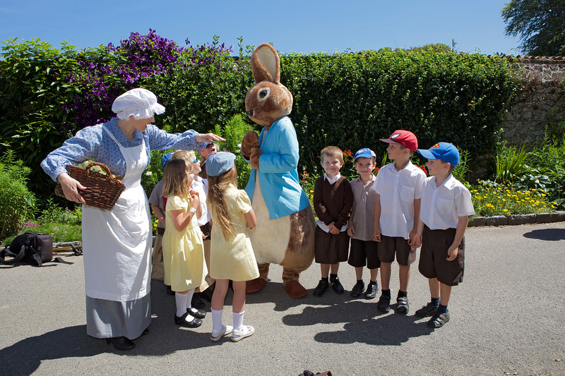 A Magical Day in the Park Peter Rabbit with Elizabeth Went 100714 ©RLLord 4201 smg