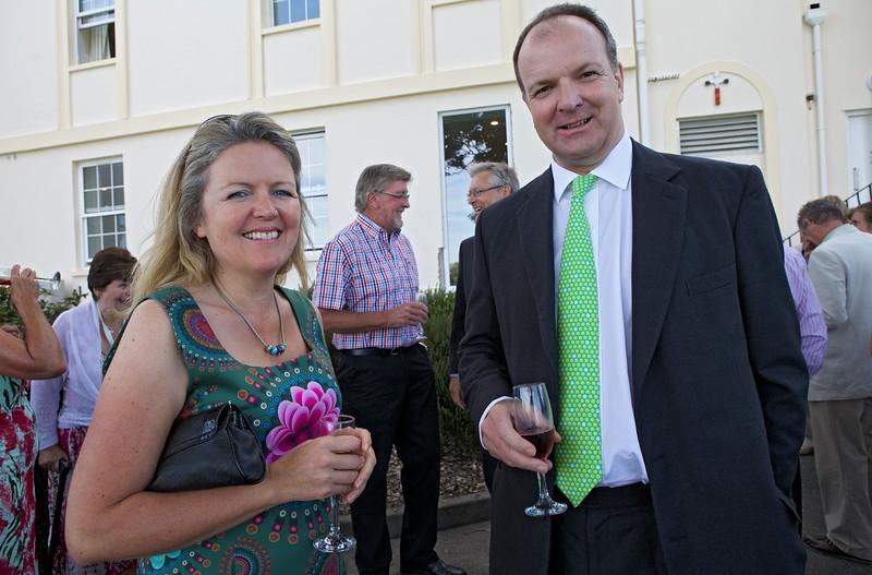 Floral Guernsey Awards Nikki Symons Fergus Dunlop 160714 ©RLLord 4728 smg