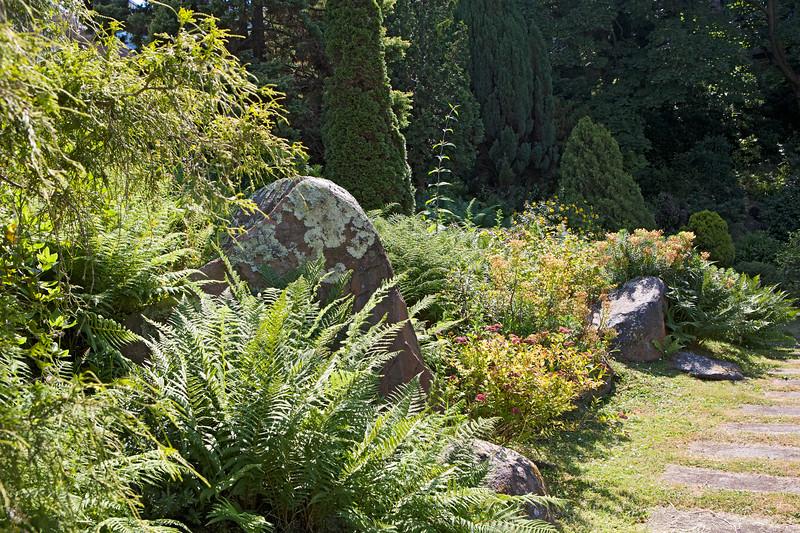 St Peter Port sunken garden