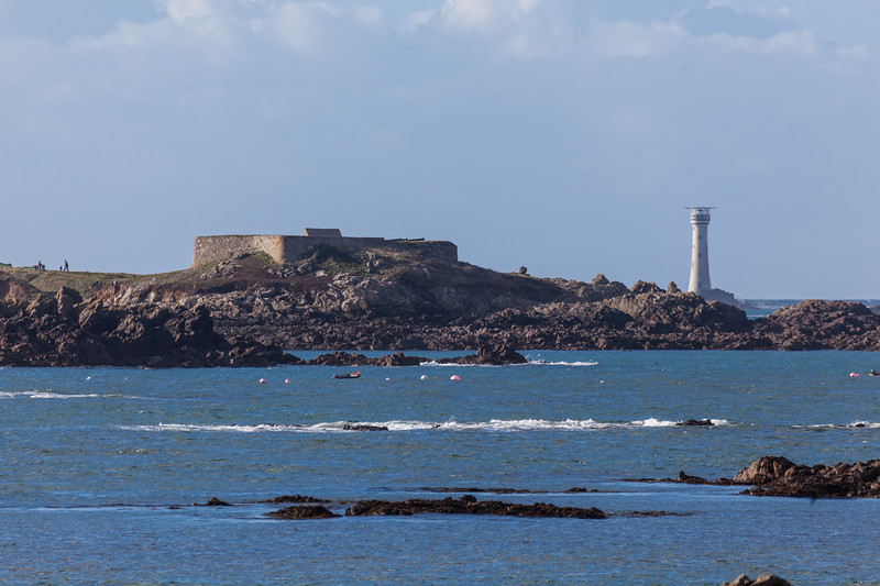 Fort Pezeries Hanois Lighthouse Guernsey 090111 ©RLLord 3929 smg