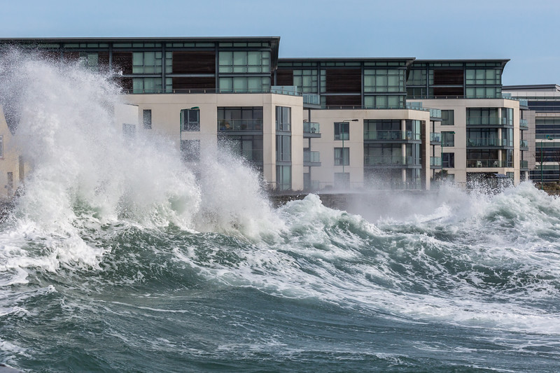 Admiral Park Belle Greve Bay large waves 100416 ©RLLord 8980 smg-2