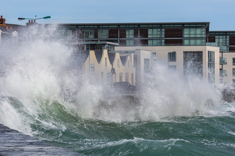 Admiral Park Belle Greve Bay large waves 100416 ©RLLord 8961 smg