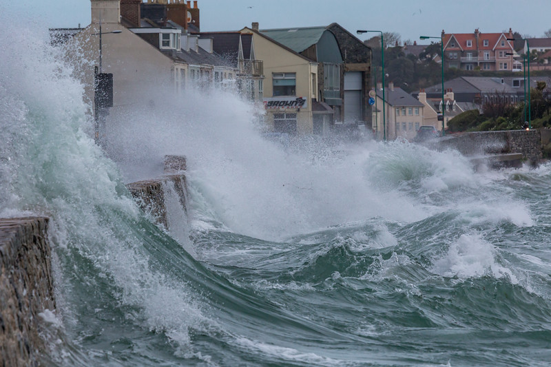 Ian Brown's Cycle Shop Belle Greve Bay large waves rough sea 100416 ©RLLord 9277 smg