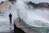 Belle Greve Bay wave overtops walker 100416 ©RLLord 9539 smg