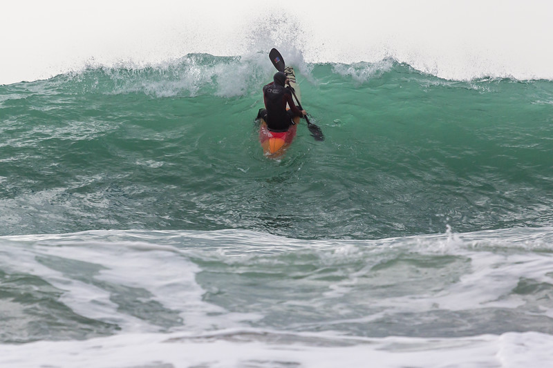 Adam Harvey paddling up face of wave Petit Port 2cr 130216 ©RLLord 6391 smg