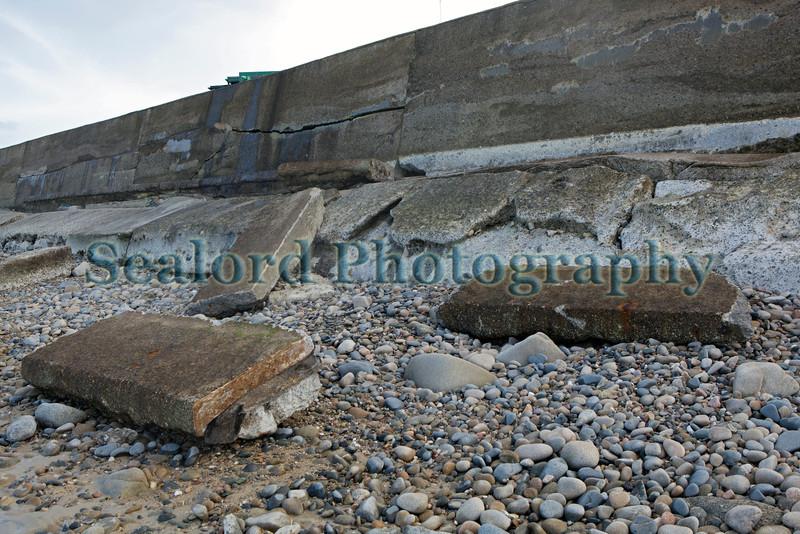 L'Ancresse sea wall concrete slabs 010214 ©RLLord 8778 smg