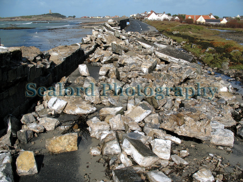 Rocquaine beach wall damage 120308 3659 smg