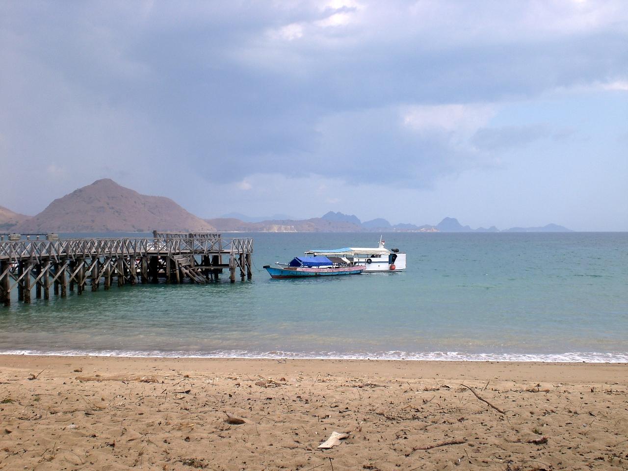 Komodo Island tour boat