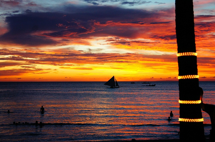 best time to visit Boracay, Philippines