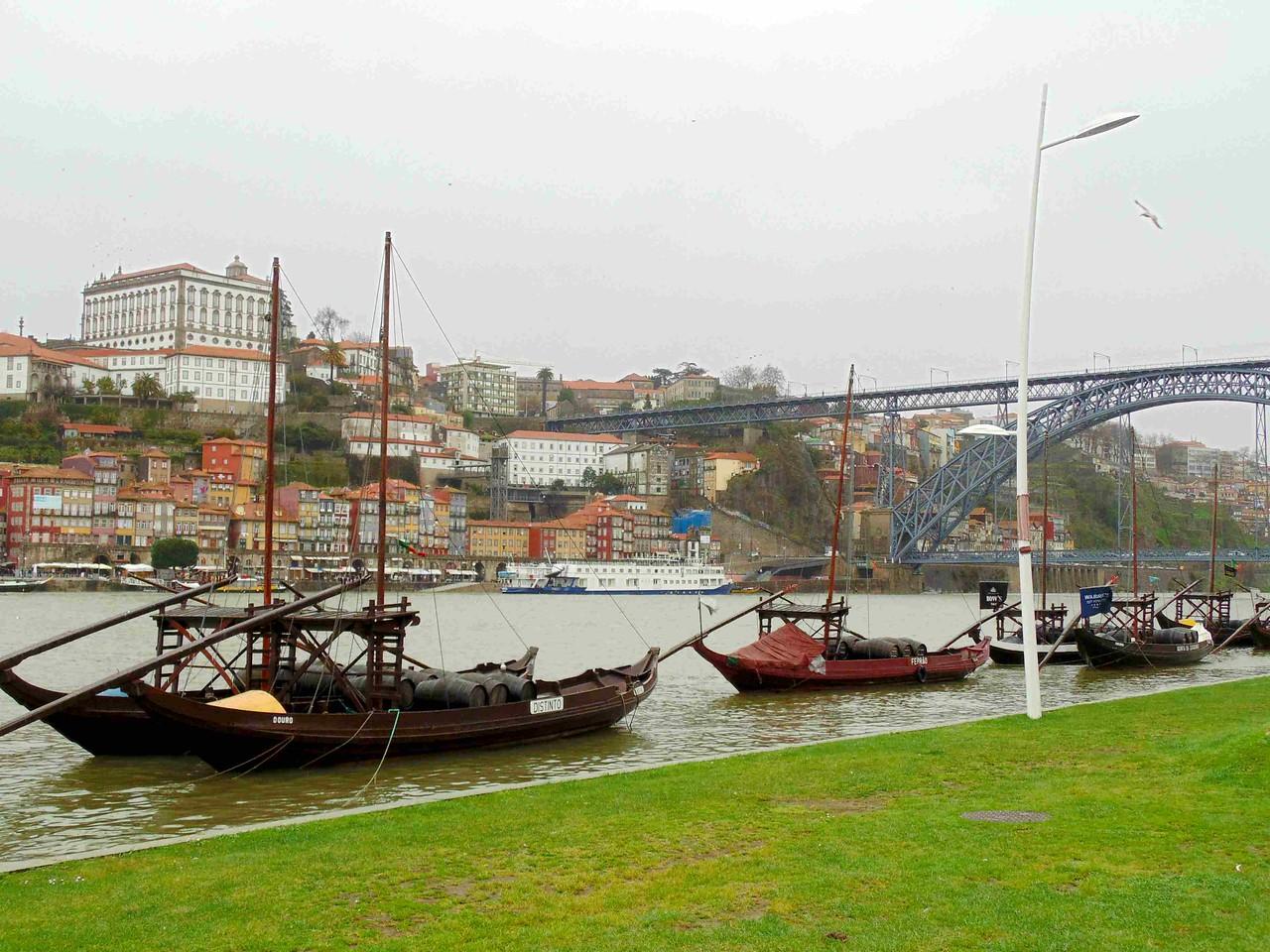 Visit portugal port