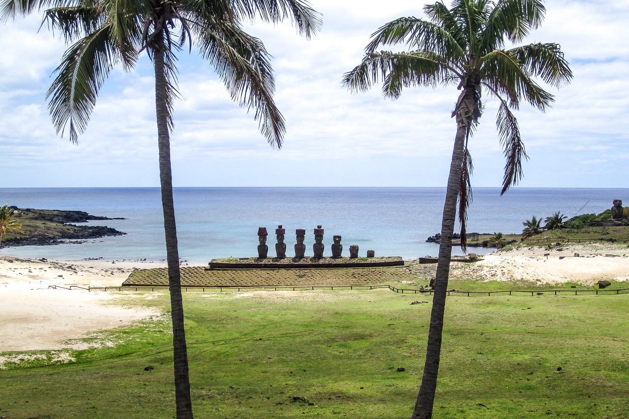 Easter Island Ahu Nau Nau, Anakena Beach
