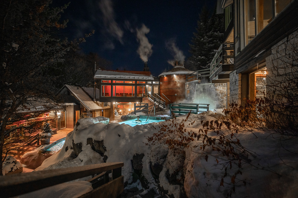 Scandinave Spa Mont Tremblant in the winter