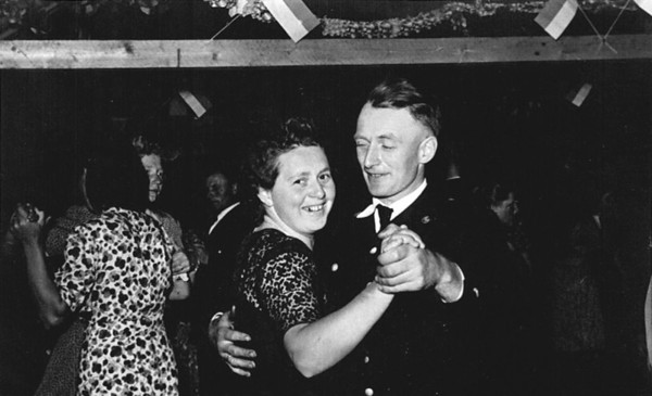"Undated Neu St. Jurgen, Germany Gesine ""Sina"" (Kuck) and Johann Kuck, Jr. dancing."
